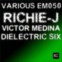 Richie - J - Deep Dreams (Original Mix)